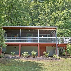 'The Red Loft' - Candler Cottage With Porch And Patio! photos Exterior