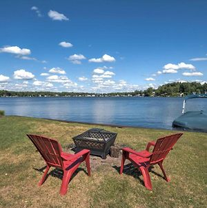 Benton Harbor Lake Home With Dock Newly Remodeled! photos Exterior