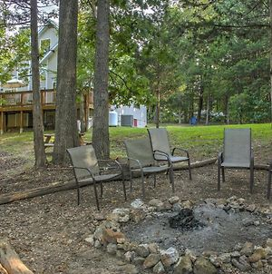 Lakefront Blue Eye Cottage With Hot Tub And Fire Pit! photos Exterior