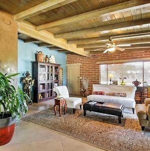 Spacious Tucson Home With Lush Yard, Pool And Hot Tub! photos Exterior