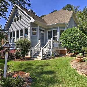 Gated And Updated Greensboro House Near Lake Oconee! photos Exterior