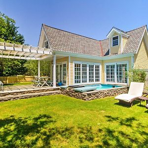 Romantic Shelter Island Cottage With 2 Pools & Pond photos Exterior