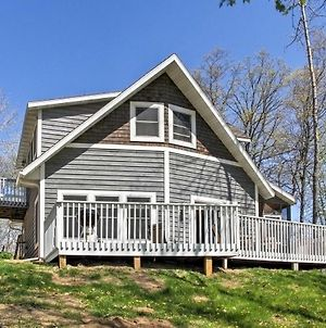 Crosslake Home On Pine Lake With Deck & Fire Pit! photos Exterior