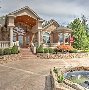 Cincinnati Home With Heated Pool, Spa And Bar! photos Exterior