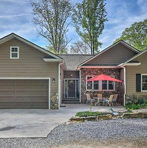 Maggie Valley Home With Hot Tub, Deck & Forest Views photos Exterior
