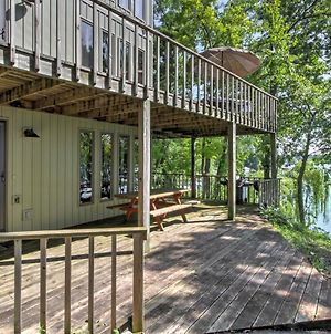 Lakefront Waupaca Home With Pool Table, Dock & Views! photos Exterior
