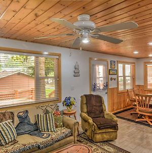 Renovated Cabin By Flathead Lake & Glacier Park! photos Exterior