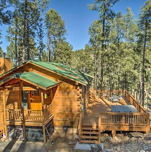 Secluded The Lincoln Cabin With Hot Tub And 3 Decks! photos Exterior