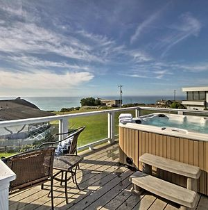 Irish Beach Home With Rooftop Hot Tub And Ocean Views! photos Exterior