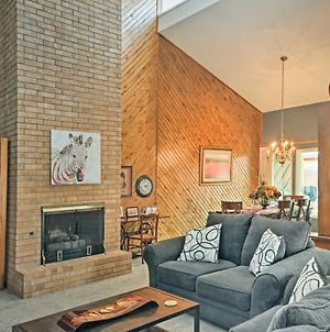Lubbock Townhome With Grill -5 Mins To Ttu & Downtown photos Exterior