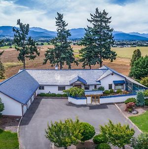 Sequim Home With Mountain Views And Meditation Room! photos Exterior