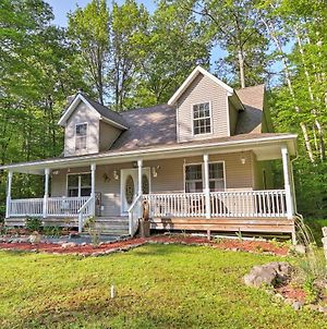 Secluded Pocono Lake House With Large Deck & Fire Pit photos Exterior