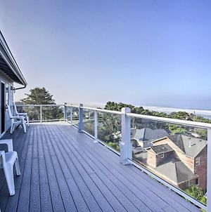 Ocean-View Lincoln City Retreat With 3 Viewing Decks photos Exterior
