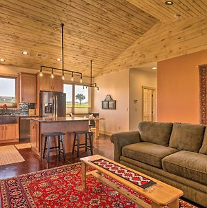 Arkansas River Valley Casita - 9-Acre Hayfield! photos Exterior