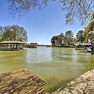 Gun Barrel City Cottage With Boat House, Deck And Views photos Exterior