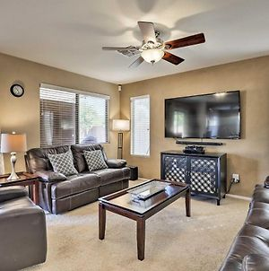 Quiet Phoenix Area Home With Bbq Patio And Pool Table! photos Exterior