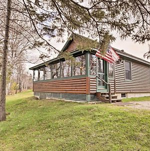 Rustic Rangeley Cabin On Lake With Porch And Mtn Views! photos Exterior