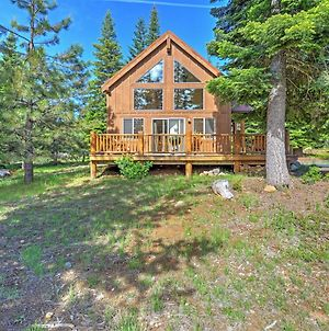 Bright Klamath Falls Cabin With Deck And Mtn Views! photos Exterior