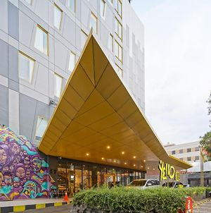 Yello Hotel Manggarai photos Exterior