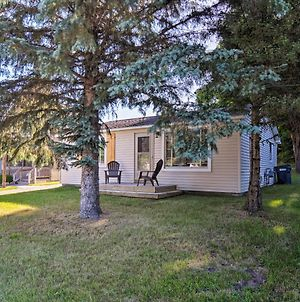 Cedar Home With Deck And Grill - Mins To Lakes! photos Exterior