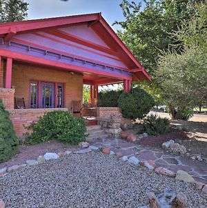 Southwestern Kanab Cottage With Patio And Views! photos Exterior