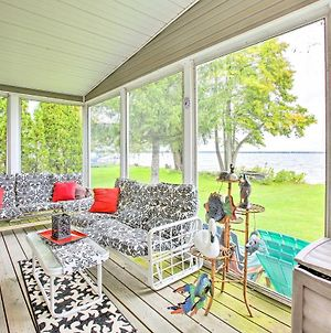 Houghton Lake House With Fire Pit - 2 Mi To Trails! photos Exterior