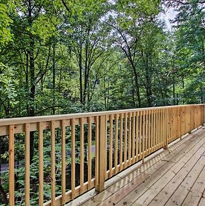 Wooded Mtn Chalet With Loft About 2Mi To Ober Gatlinburg photos Exterior