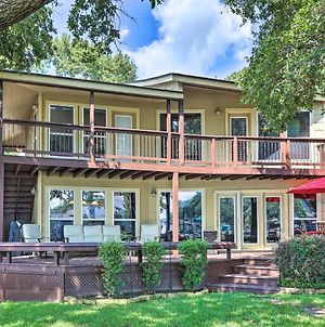 Lakefront Montgomery Home With Porch & Dock! photos Exterior