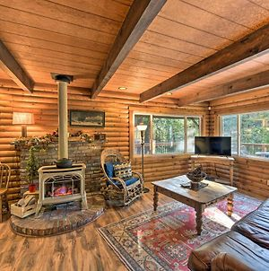 Amber Cabin With Hot Tub, Near Top Vineyards! photos Exterior