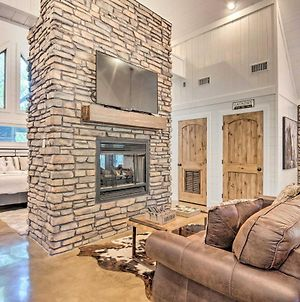 Cabin With Fire Pit, 4 Mi To Broken Bow Lake! photos Exterior