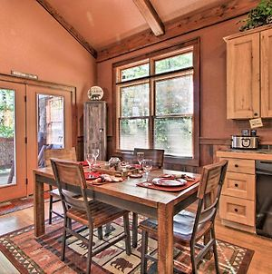 Homey Wears Valley Cabin About 2 Mi To Foothills Pkway! photos Exterior
