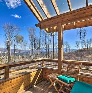 Modern Cabin With Balcony Views & Fireplace! photos Exterior