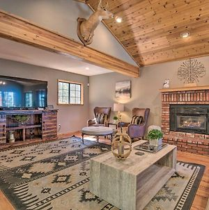 Spacious Pine Mtn Club Cabin With Game Room And Deck photos Exterior