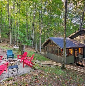 Cabin With Hot Tub And Deck Less Than 2Mi To Beech Mtn Ski photos Exterior