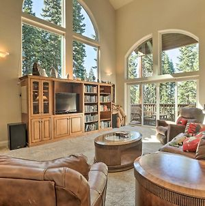 Large Tahoe Donner Cabin With Hot Tub - Ski And Swim! photos Exterior