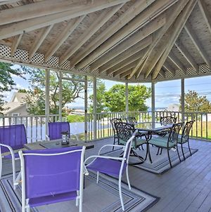Fantastic Plymouth House With Huge Deck & Ocean Views photos Exterior