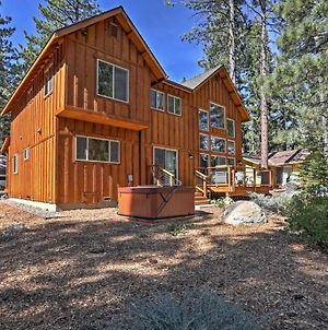 Gorgeous South Lake Tahoe Home With Private Hot Tub! photos Exterior