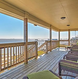 Waterfront New Orleans House With Dock & Lake Views! photos Exterior