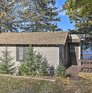 Cozy Cabin With Deck & Pvt Dock On Nelson Lake! photos Exterior
