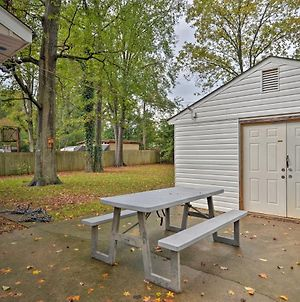 Charlotte Area Home With Patio - 6 Miles To Downtown photos Exterior