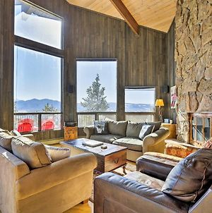 Panoramic Mountain-View Home With Hot Tub&Deck! photos Exterior