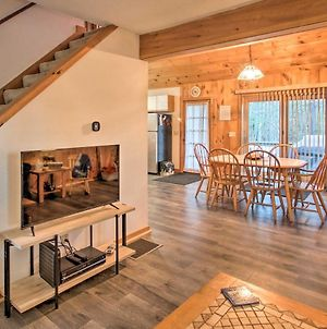 Lakeview Forest Cabin With Deck Less Than Half Mile To Beach! photos Exterior