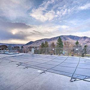 Chic Condo With Balcony, Walk To Lake And Dwtn! photos Exterior