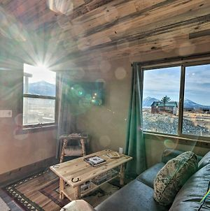 Couples Retreat 1-Hour Drive From Yellowstone Np! photos Exterior