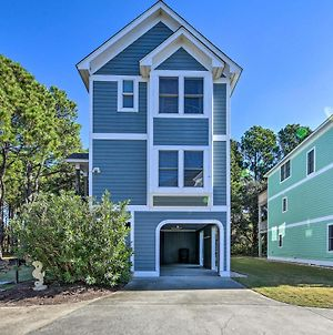 Coastal Home With Community Pool Less Than 2 Miles To Beach! photos Exterior