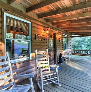 Cosby Cabin W/ Yard + Porch - Pets Welcome! photos Exterior