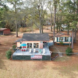 Lakeside Pleasure Island Cabin With Deck & Gas Grill photos Exterior