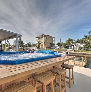 Canalfront Home With Dock, Gulf Of Mexico Access photos Exterior