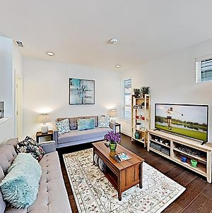 Chic Capitol Hill Townhome W/ Rooftop Deck & Ac Townhouse photos Exterior