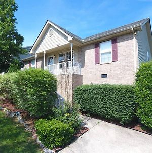 20 Minutes To Downtown Nashville W/ Fenced In Yard photos Exterior